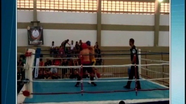 Atletas de Divinópolis conquistam vaga no Brasileiro de kickboxing após pódios no Mineiro