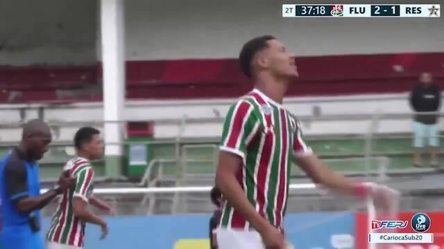 Atacante do sub-20 do Flu tem dancinha como marca registrada em comemoração de gols