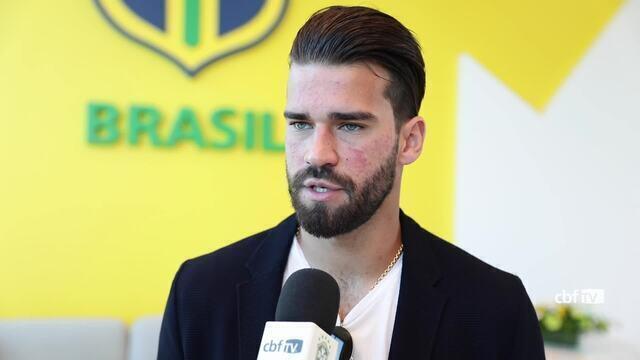 Alisson se apresenta à Seleção Brasileira