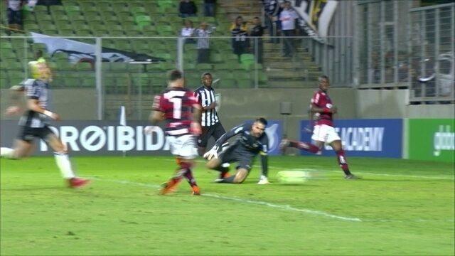 O gol de Atlético-MG 0 x 1 Flamengo pela 7ª rodada do Campeonato Brasileiro