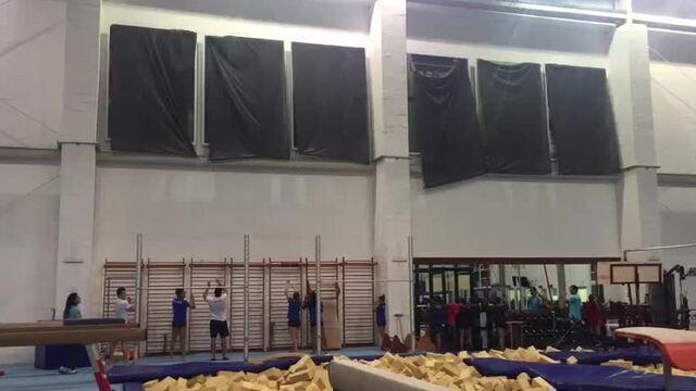 Atletas revelam painéis no Centro de Treinamento da ginástica artistica