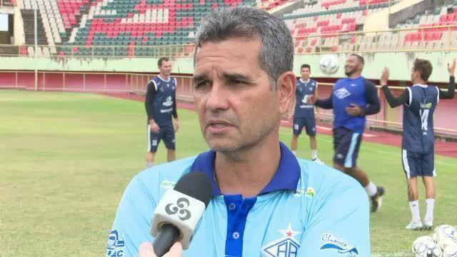 Álvaro Miguéis confirma voltas no duelo contra o Confiança neste domingo no Florestão