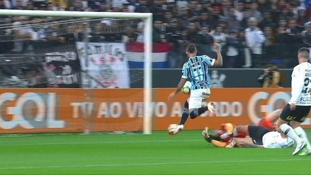Melhores momentos: Corinthians 0 x 1 Grêmio pela 19º rodada do Campeonato Brasileiro