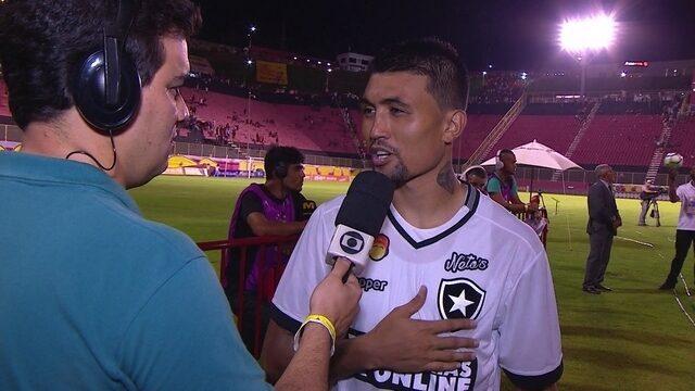 """Kieza comemora fim de jejum de gols: """"Estou desde antes da Copa sem fazer gol"""""""