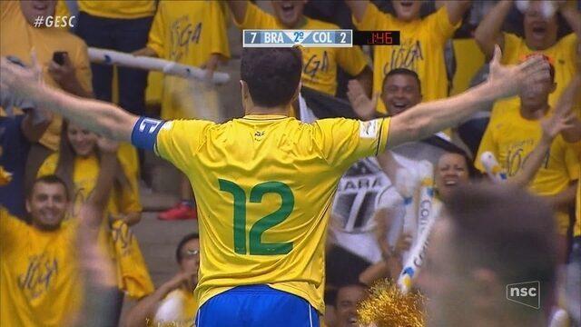Falcão se despede da Seleção Brasileira na Arena Jaraguá  atletas de ... 8716deb9d8158