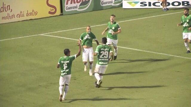 Wellington Paulista marca no fim e garante a vitória da Chapecoense