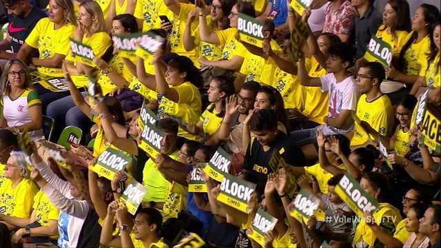 Brasil marca mais um belo ponto de bloqueio, 1ºSet: 4x1