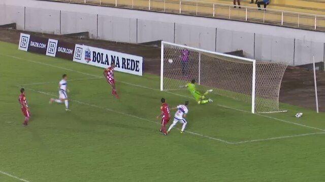 Atlético-AC supera Tombense, deixa lanterna, mas segue na zona de rebaixamento