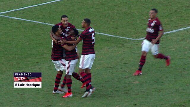 Gol do Flamengo! Vitor Gabriel faz bela jogada e chuta, no rebote, Luiz Henrique marca, aos 6 do 1º