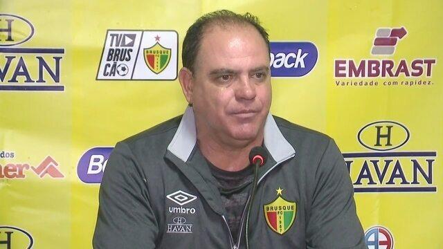 Confira a entrevista coletiva do técnico Waguinho Dias