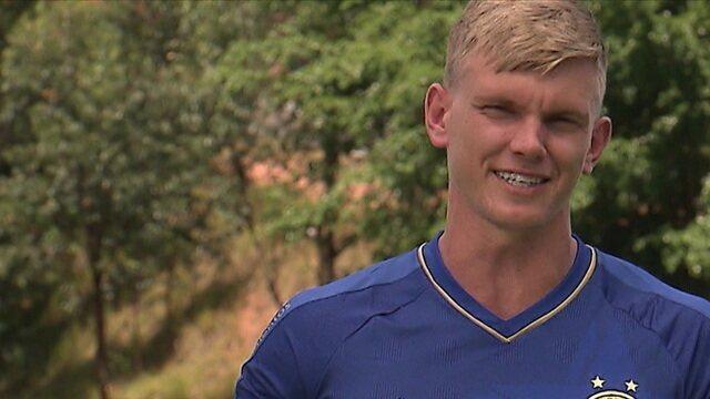 Douglas Friedrich é o jogador com mais pontos acumulados no Cartola FC