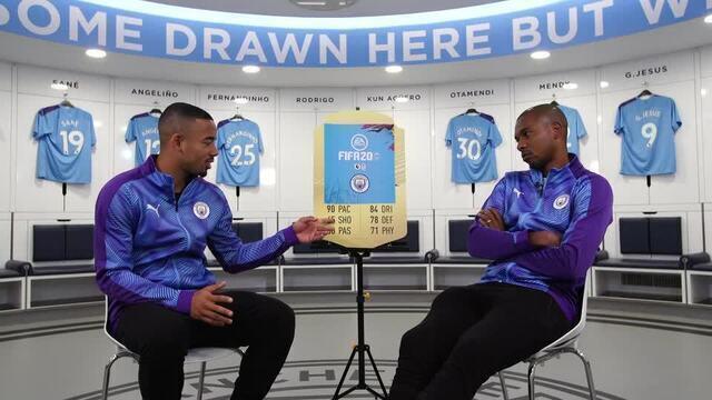 Gabriel Jesus e Fernandinho tentam adivinhar o jogador do City pelo card no FIFA 20