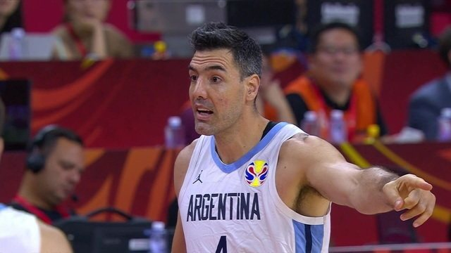 Aos 39 anos, Scola joga em busca do único título que falta a ele com a camisa argentina