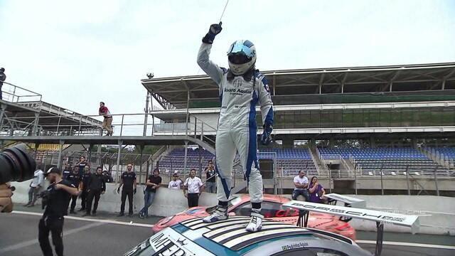 Pedro Aguiar vence a Porsche Cup em Interlagos