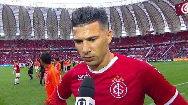"""Víctor Cuesta fala sobre a derreta para o Vasco: """"Não foi o resultado que esperávamos"""""""