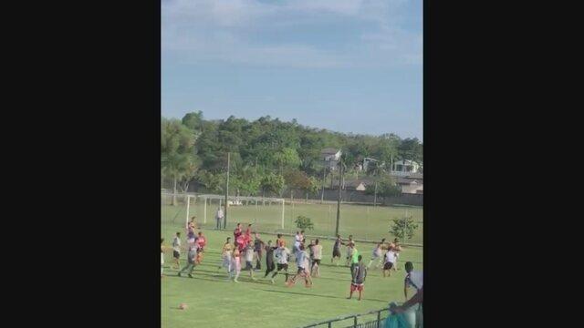 Criciúma x Figueirense pelo Catarinense Sub-17 tem confusão entre jogadores
