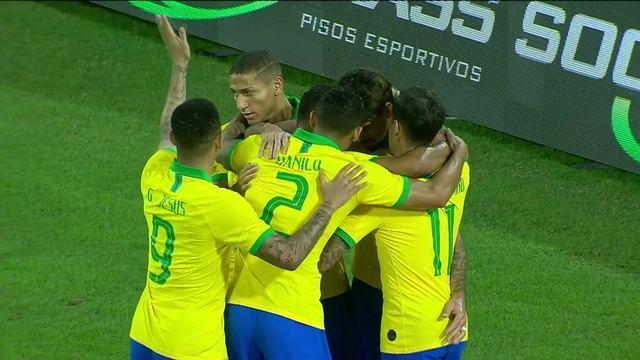 Gol do Brasil! Renan Lodi cruza, e Paquetá, de cabeça, abre o placar, aos 8' do 1º Tempo