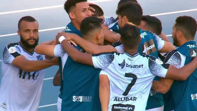 Gol do Ceará! De pênalti, Thiago Galhardo empata o jogo, aos 21' do 2º Tempo