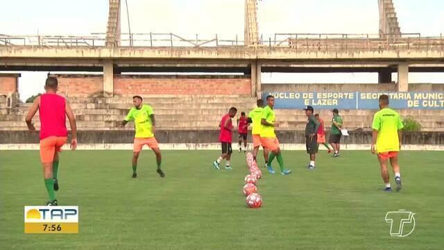 Tapajós treina para jogo de domingo contra o Paragominas, em Santarém