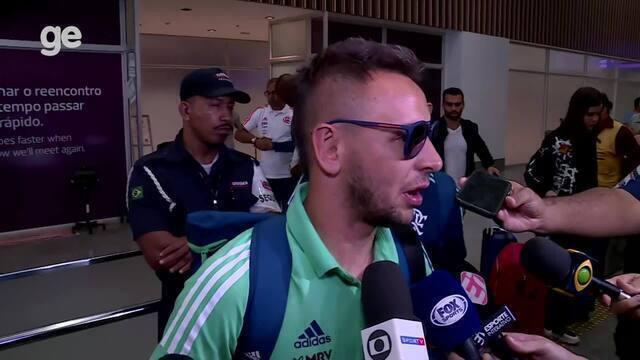 "Rafinha chama árbitro da Recopa de ""despreparado"" por marcar pênalti"