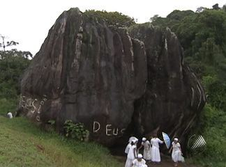 Candomblé faithful protest on Wednesday, 02 November 2011, at Pedra de Xangô, Salvador, Bahia, Brazil