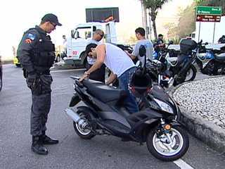 Police in Rio de Janeiro seized over 7,000 motorcycles over the past two months resulting in a sharp decrease in violent crime involving motorcycles.