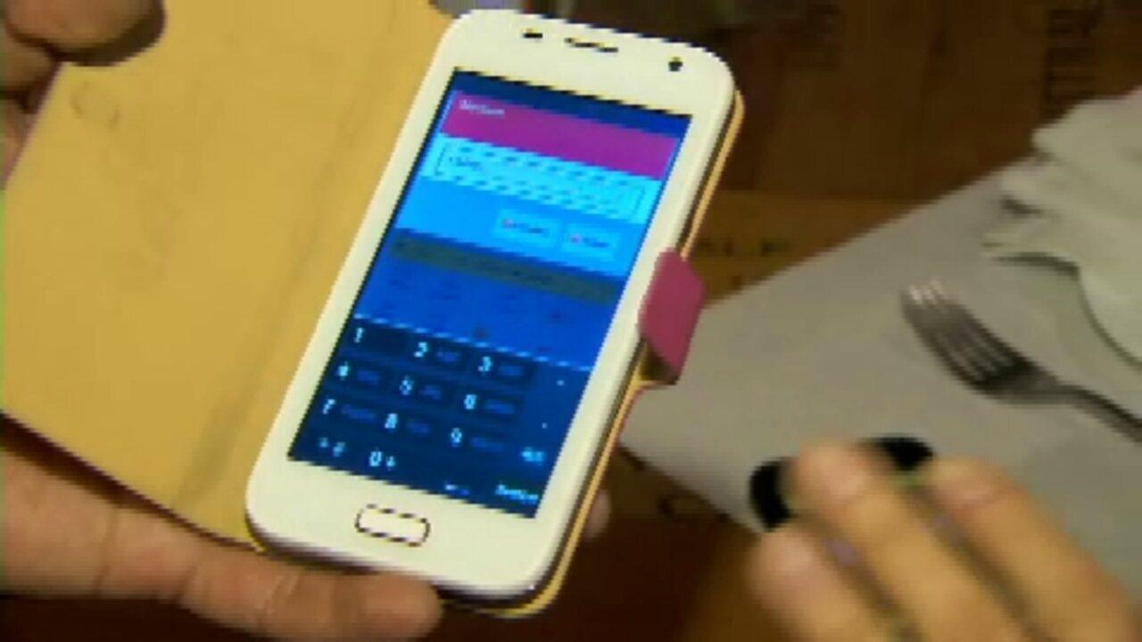 Aplicativo permite pagar conta em restaurantes direto pelo celular - GloboNews – Conta Corrente - Catálogo de Vídeos