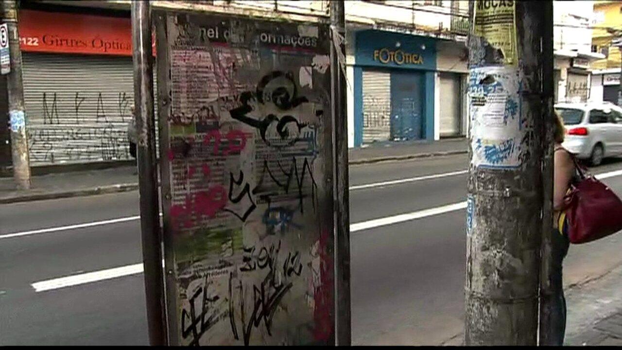 Problemas de estrutura prejudicam usuários de ônibus na Zona Oeste da  capital - G1 São Paulo - Vídeos - Catálogo de Vídeos 20326564df