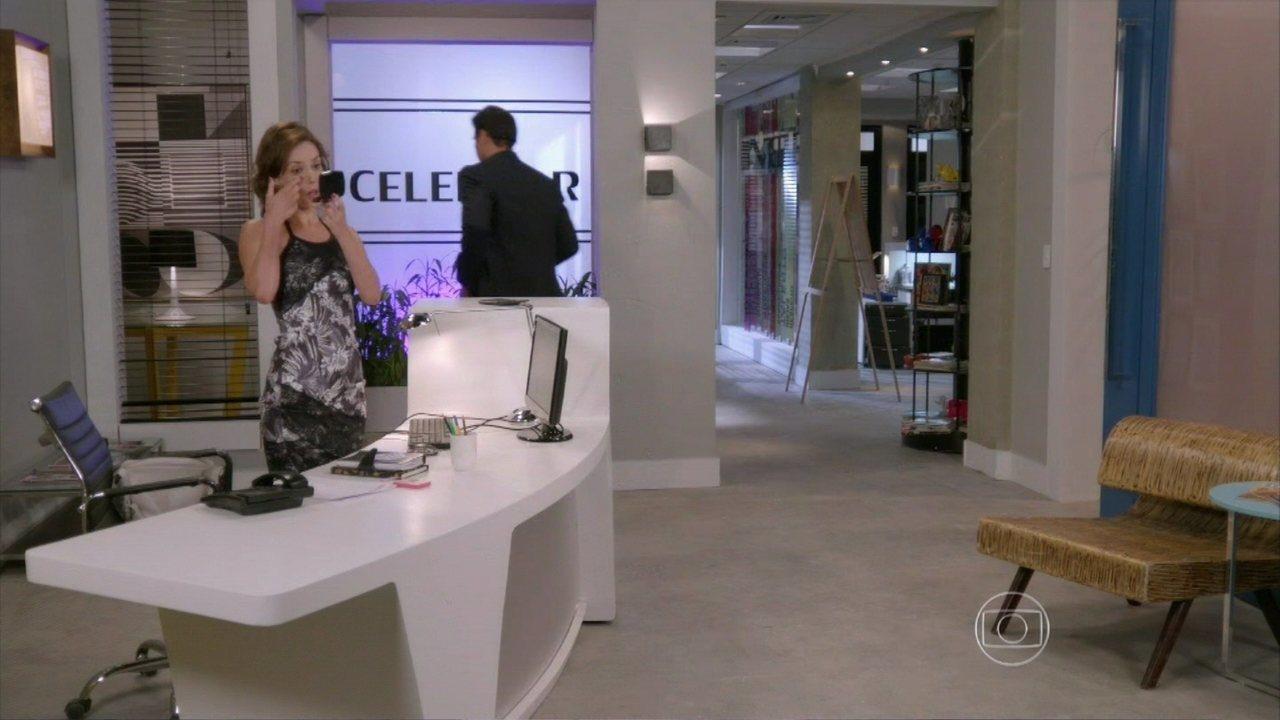 Marcelo e maria in s conversam ao telefone alto astral for Catalogo astral