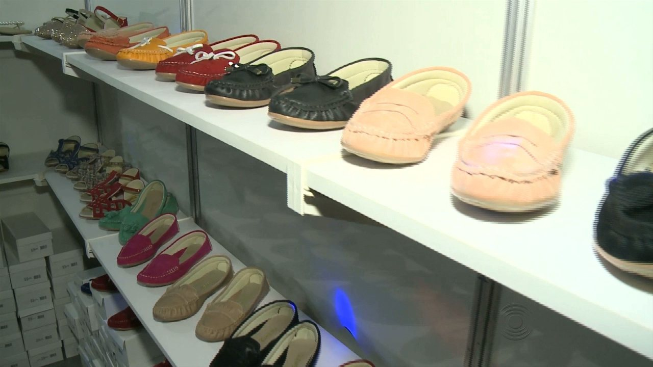 88fedddf0 Terceira edição de feira de calçados é realizada em Patos, no Sertão da  Paraíba - G1 Paraíba - JPB 1ª Edição - Catálogo de Vídeos
