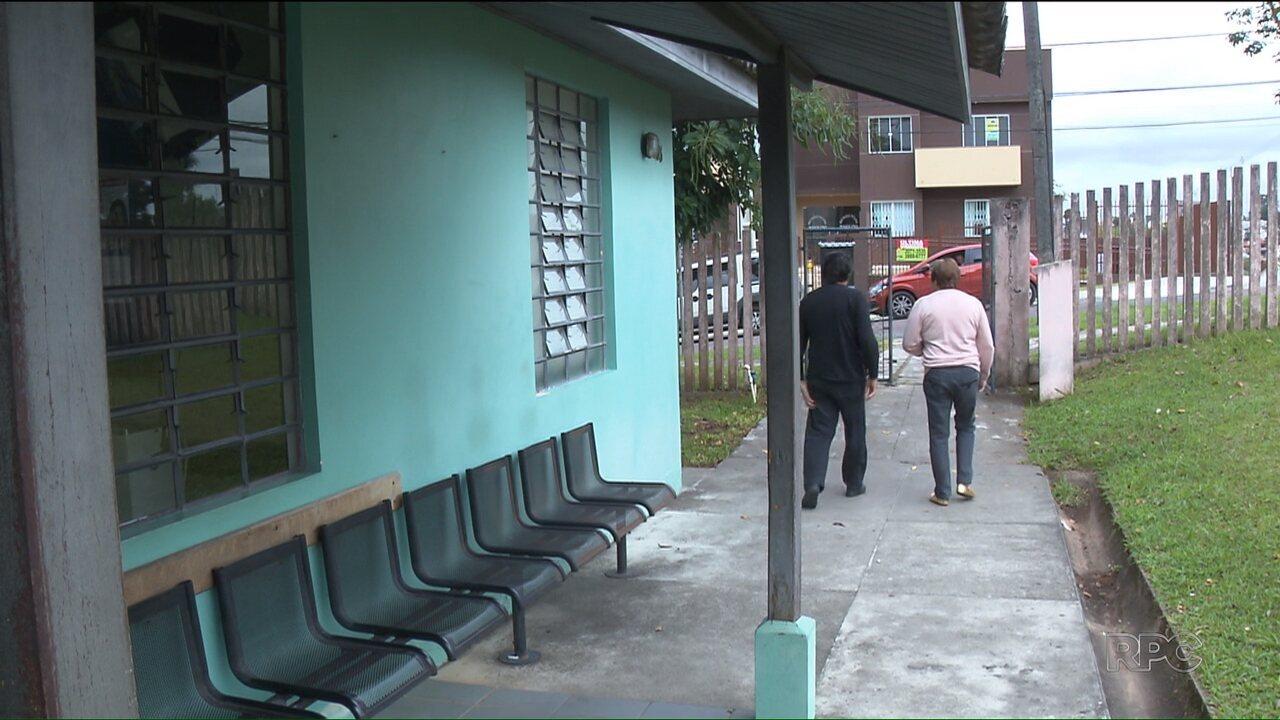 Unidade de saúde abre para tirar dúvidas de pacientes que tomaram vacina da gripe
