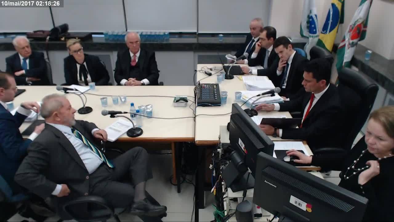 Justiça divulga vídeos com ângulo ampliado de depoimento de Lula