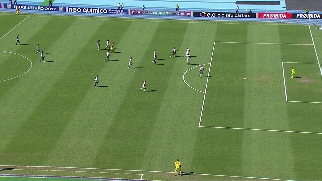 Coxa sai na frente, vacila e empata com Botafogo