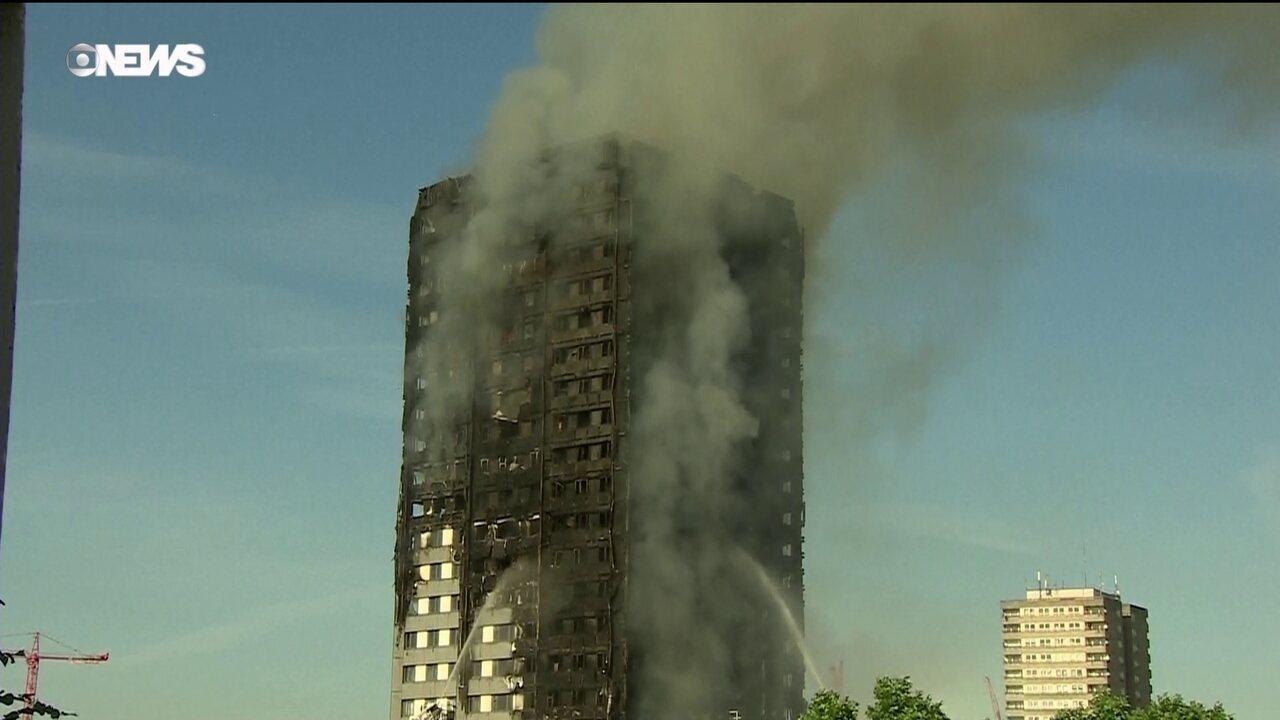 Há mortos no Incêndio que atingiu um prédio de apartamentos em Londres