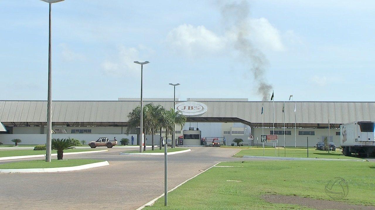 Governo americano suspende todas as importações de carne fresca do Brasil