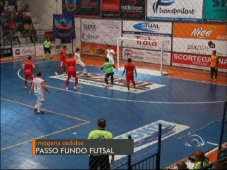 Passo Fundo Futsal vence e retorna à liderança da Série Prata - G1 Rio  Grande do Sul - Jornal do Almoço - Catálogo de Vídeos 0bc755e3a63ea