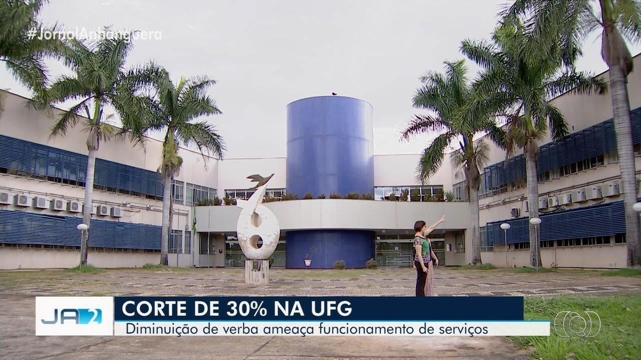 6508bd8f9 UFG ainda faz contas para saber onde vai precisar mexer para enfrentar o  corte de 30% - G1 Goiás - Vídeos - Catálogo de Vídeos