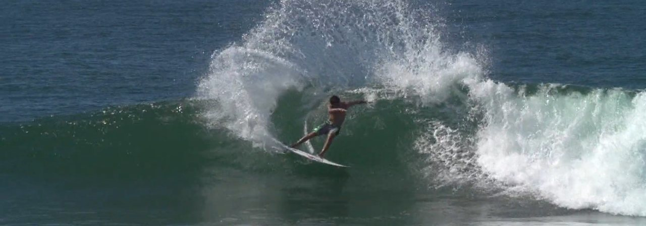 No ar: Filipe Toledo