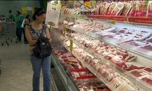 Brasil bate recorde no abate de frango em 2015