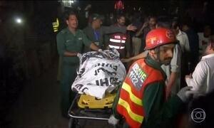 Atentado terrorista no Paquistão deixa mais de 60 mortos e 300 feridos