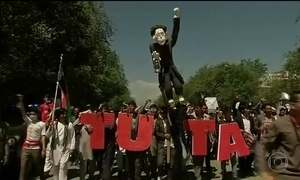 Etnia Hazara protesta no Afeganistão para pedir rede elétrica