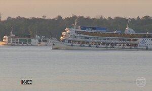 Criminosos armados assaltam embarcação