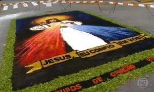 Cidades de todo o Brasil montam tapetes no feriado de Corpus Christi