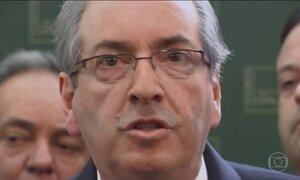 Procuradores entram com pedido de suspensão dos direitos políticos de Cunha