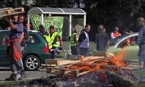 França enfrenta jornada de greves e protestos contra reforma trabalhista