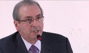 Cunha ataca adversários políticos em entrevista coletiva nesta terça (21)