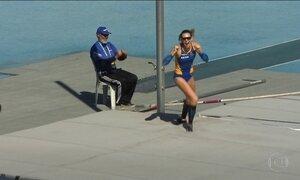 Fabiana Murer atinge melhor marca do mundo em 2016 no salto com vara