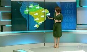 Terça-feira (12) será mais um dia de calor em quase todo o Brasil