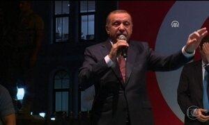 Turquia pede oficialmente aos EUA extradição do clérigo Fethullah Gulen