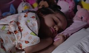 Crianças que dormem tarde correm mais risco de obesidade, diz pesquisa